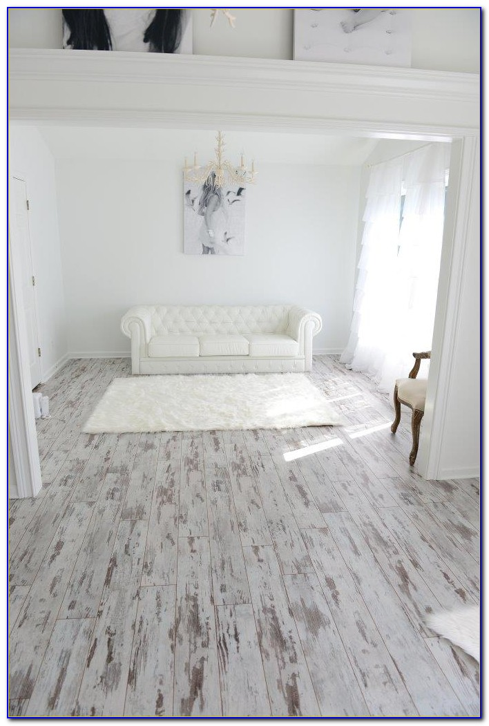 White Washed Wood Effect Vinyl Flooring Flooring Home Design