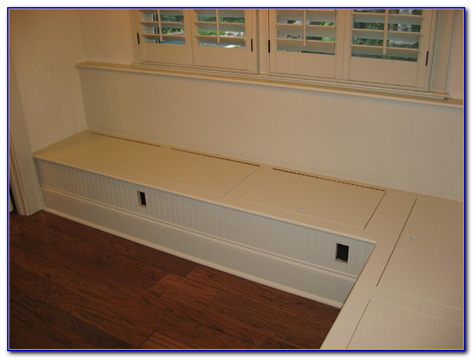 Built In Bench Seating In Kitchen