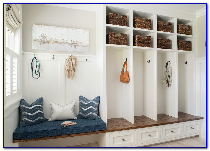 Built In Mudroom Storage Bench