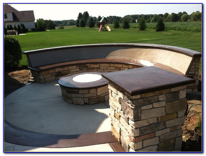 Curved Bench Around Fire Pit