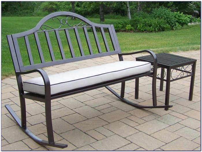 Custom Outdoor Bench Seat Cushions