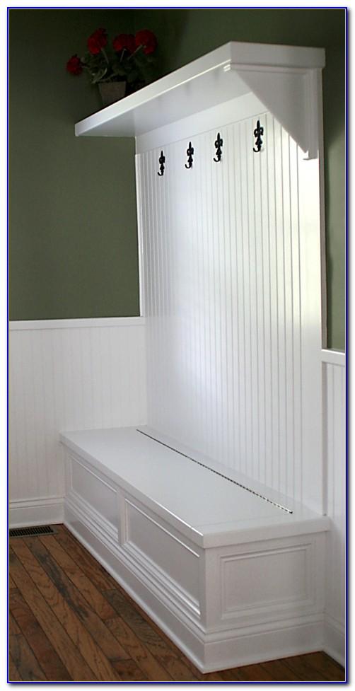 Small Mudroom Storage Bench