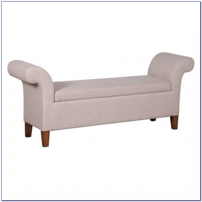 Tufted Bench With Armrest