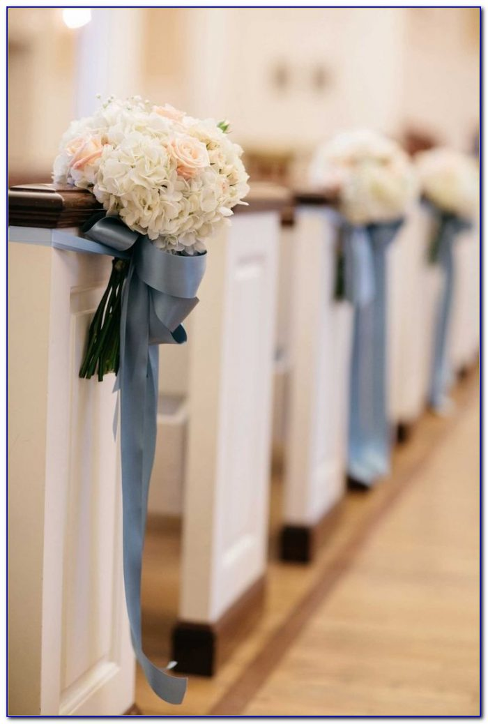 Church Pew Decorations Wedding