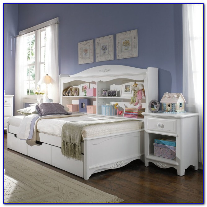 Daybed With Bookcase And Storage
