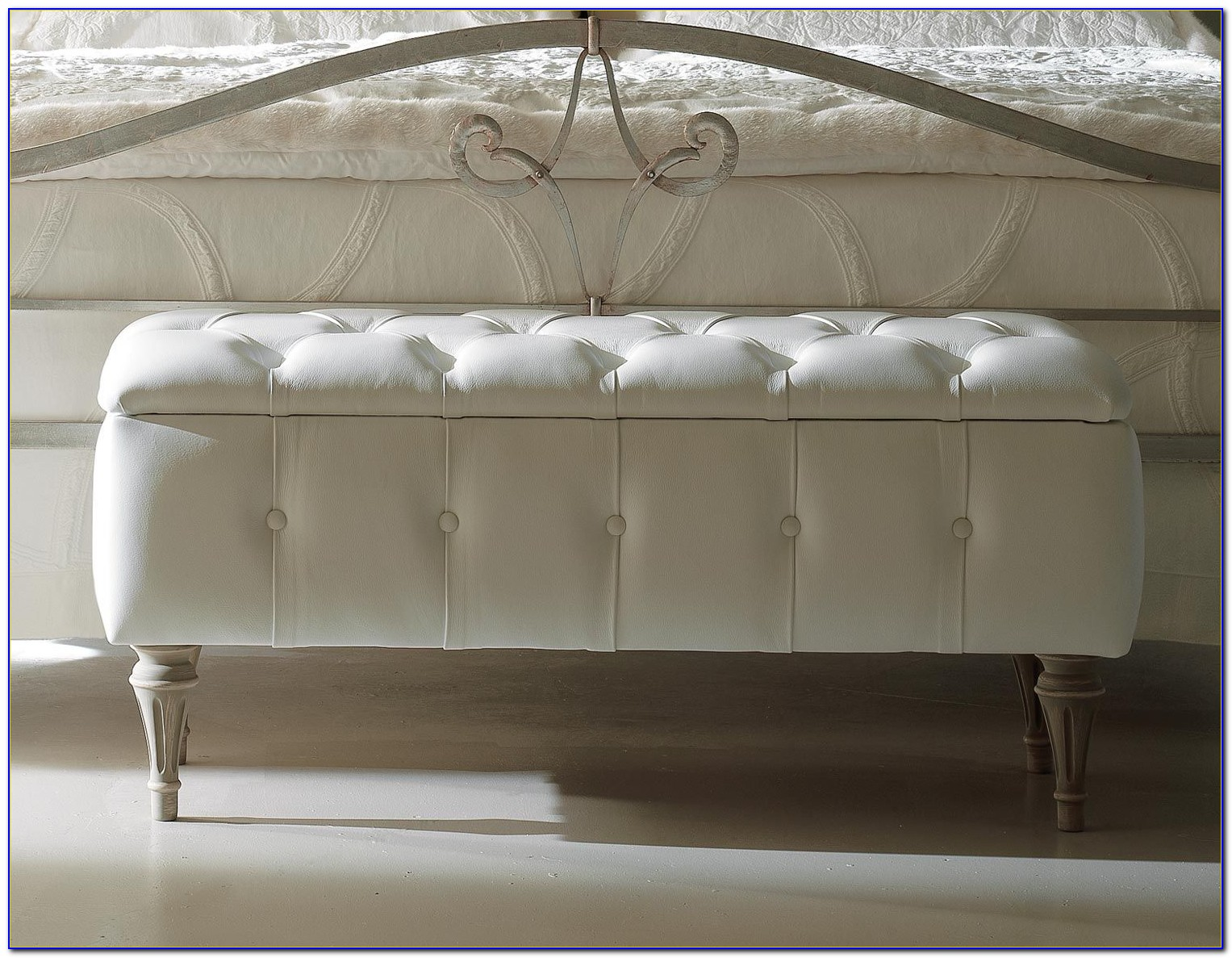Upholstered End Of Bed Storage Bench