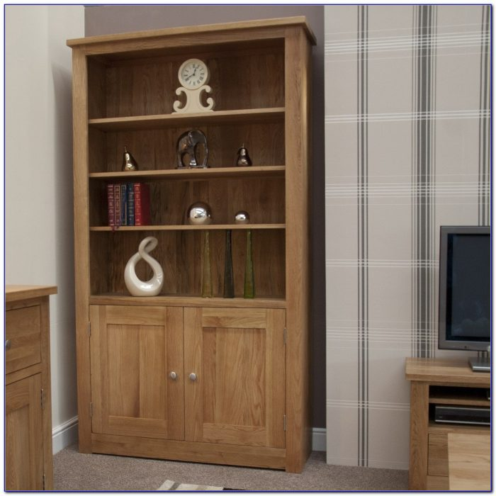 Oak Bookshelf With Doors