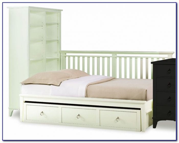 White Daybed With Trundle And Bookcase