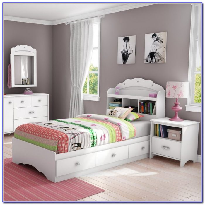 Space Bedroom Accessories Black And White Bedroom For Girls Design Your Own Bedroom Bedroom Colors With Oak Furniture: Bookcase : Home Design Ideas