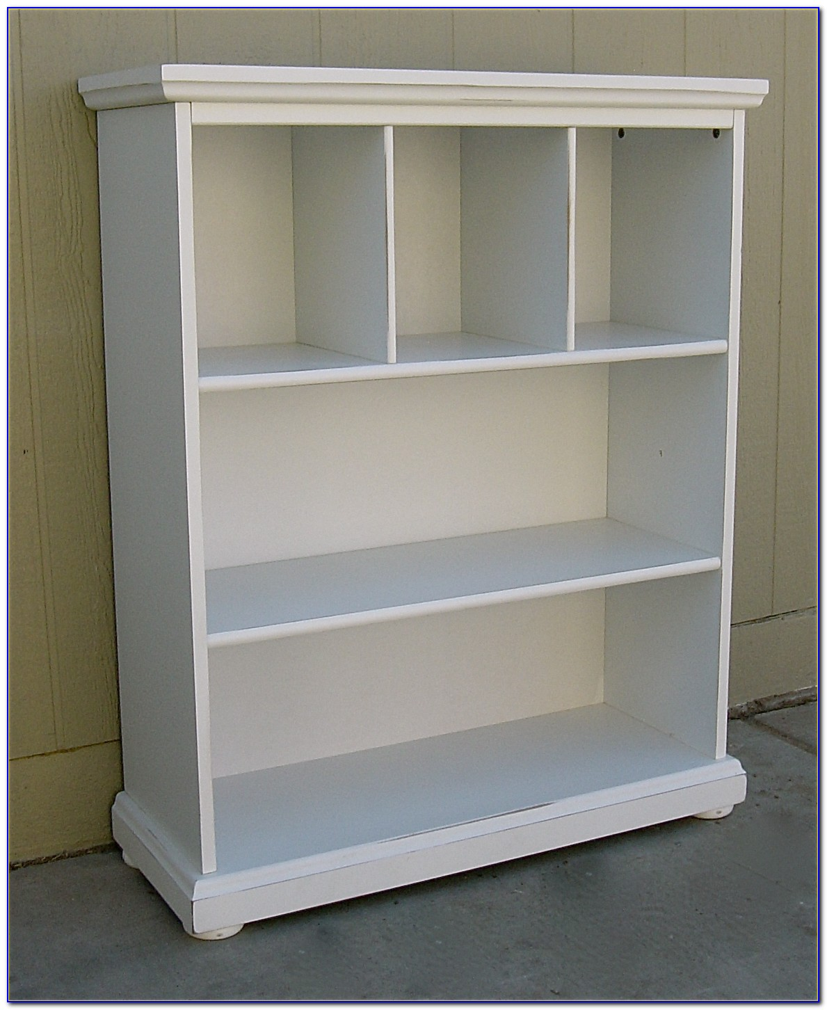 White Bookcase Shabby Chic