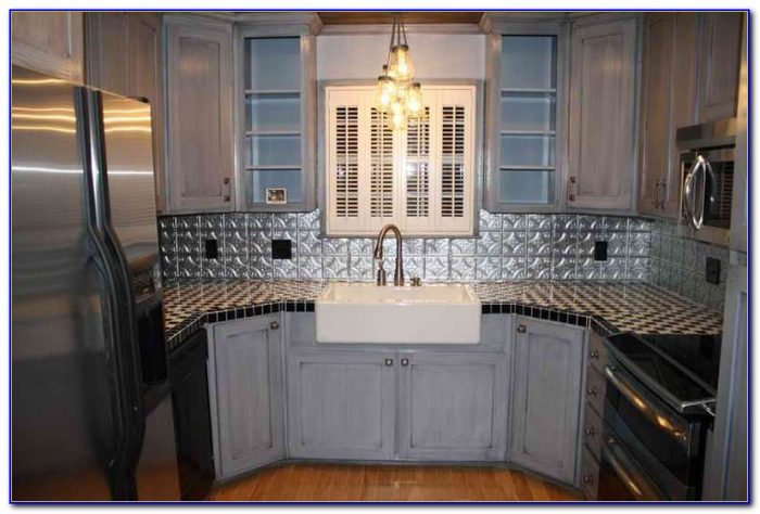Using Tin Ceiling Tiles Backsplash