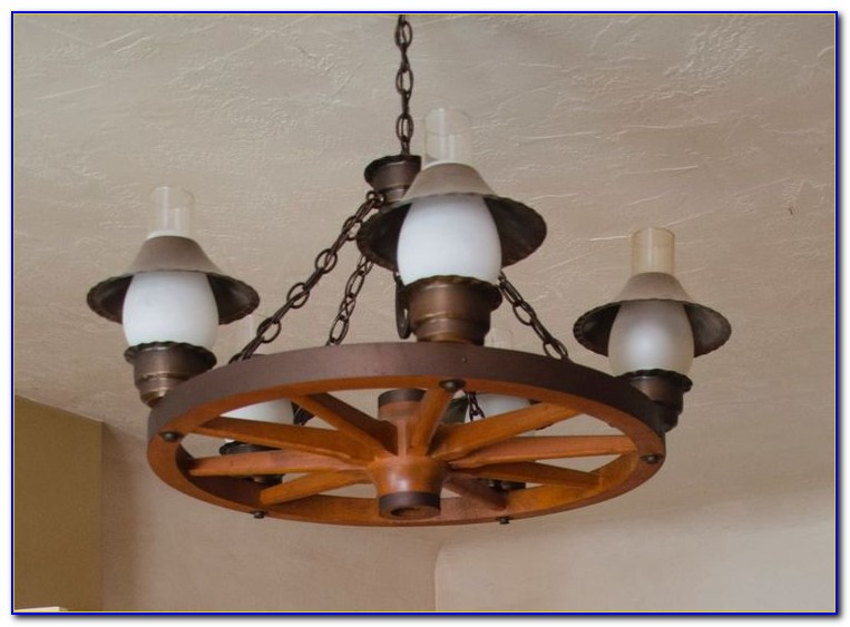 Wagon Wheel Ceiling Fan Light