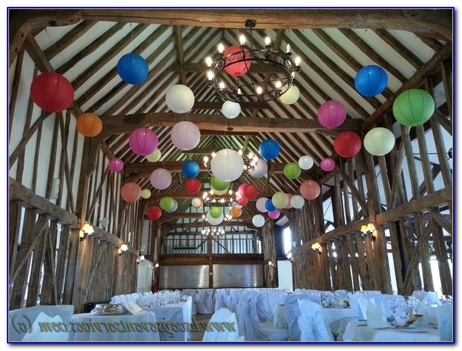 Pom Pom Hanging Decoration