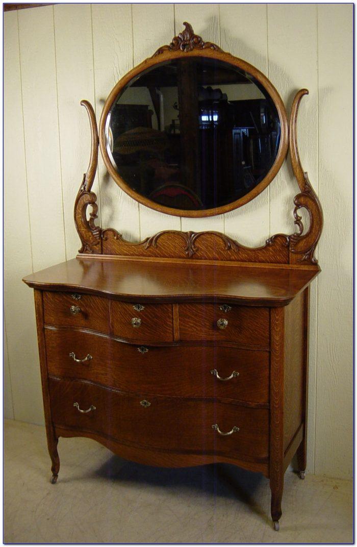 Antique Dresser With Mirror On Wheels
