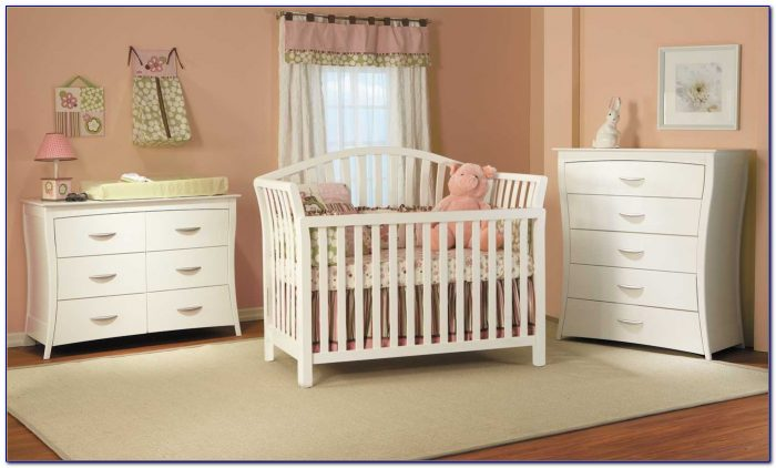 Baby Cribs And Matching Dressers