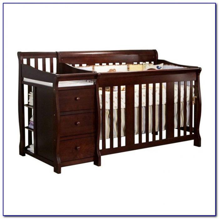 Black Crib And Dresser Combo