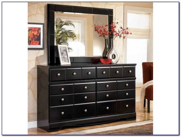 Black Dresser With Mirror Drawers