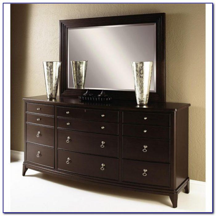 Broyhill Fontana Triple Dresser With Mirror