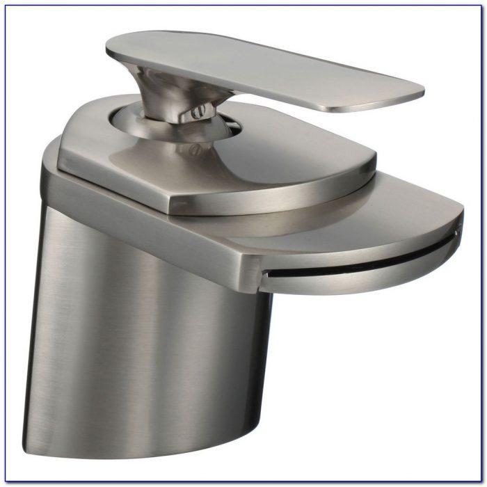 Brushed Nickel Waterfall Roman Bathtub Faucet