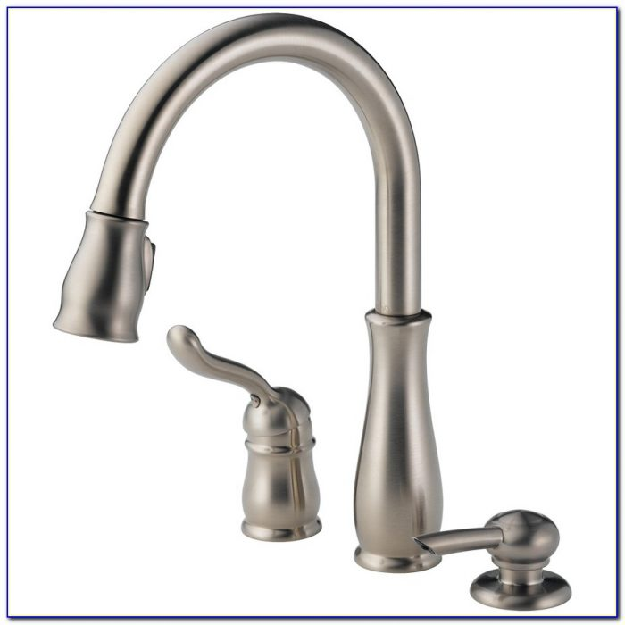 Delta Leland Pull Down Faucet