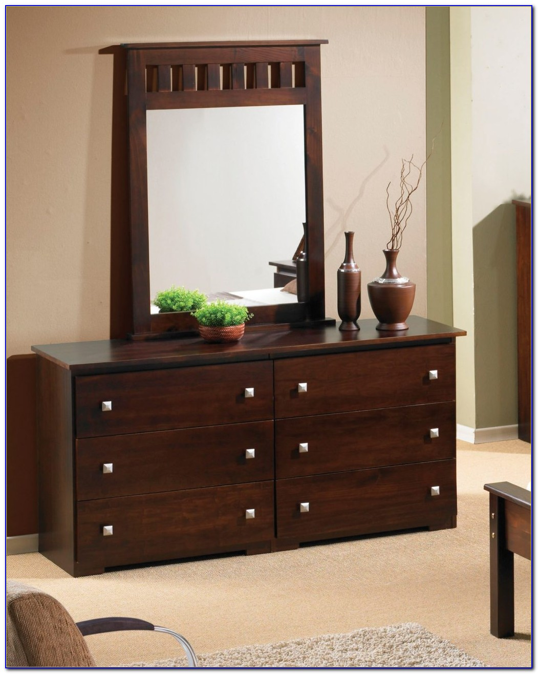 Ideas To Decorate A Dresser