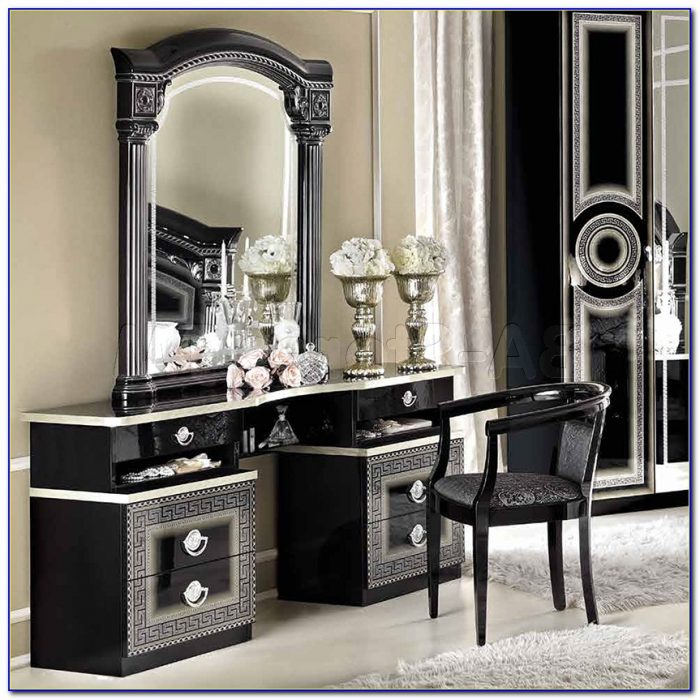 Makeup Vanity With Mirror And Drawers