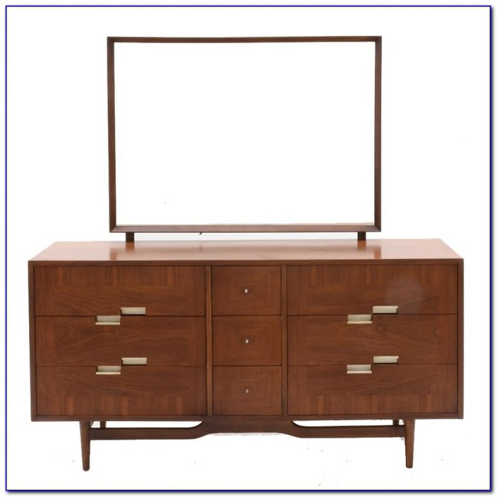 Mid Century Modern Dresser With Mirror