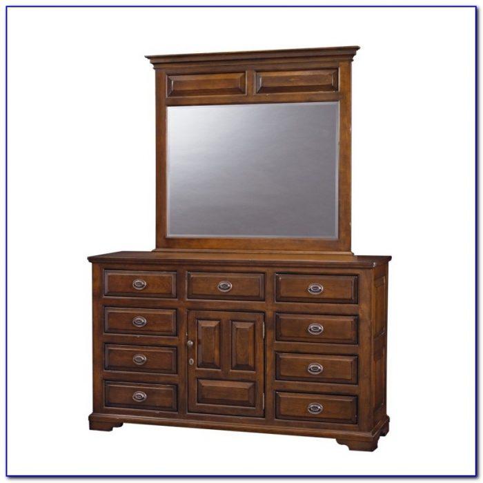 Oak Triple Dresser With Mirror