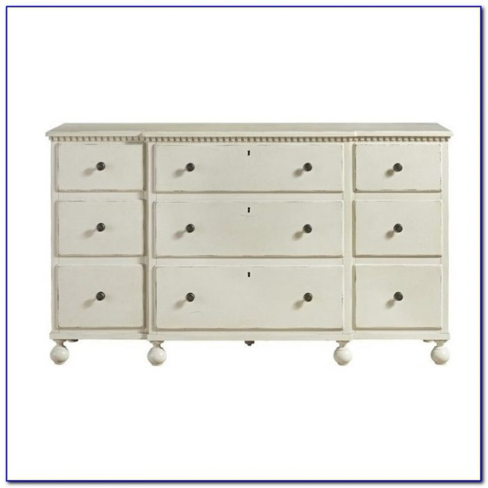 Sag Harbor White 9 Drawer Dresser