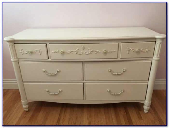 Stanley Young America Isabella Dresser