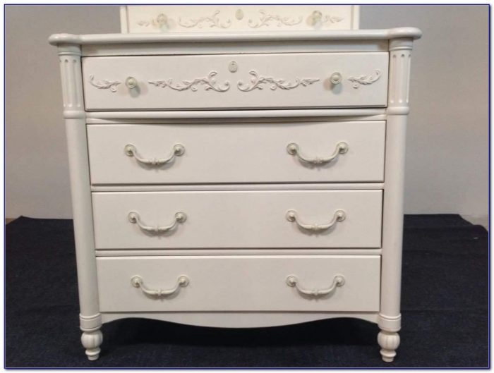 Stanley Young America White Dresser