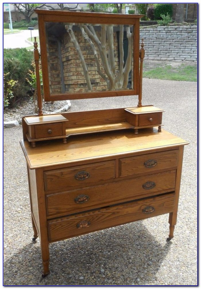 Vintage Dresser With Mirror On Wheels