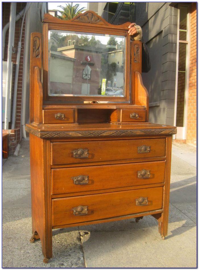 Vintage Vanity Dresser With Round Mirror
