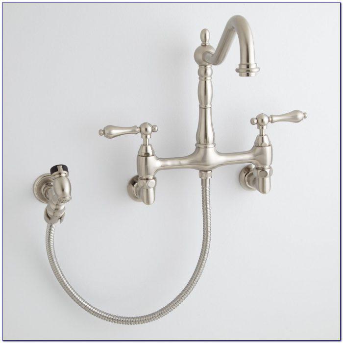 Wall Mount Bathtub Faucet With Sprayer