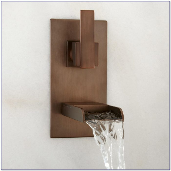 Wall Mount Waterfall Faucet For Bathtub