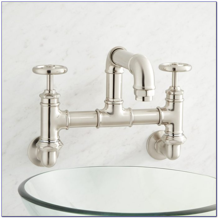 Wall Mounted Country Kitchen Bridge Faucet With Handspray