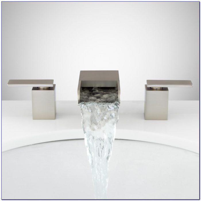 Waterfall Bathtub Faucet