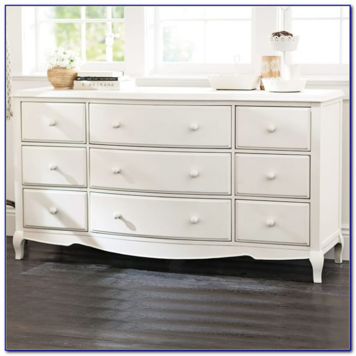 White 9 Drawer Dresser With Mirror