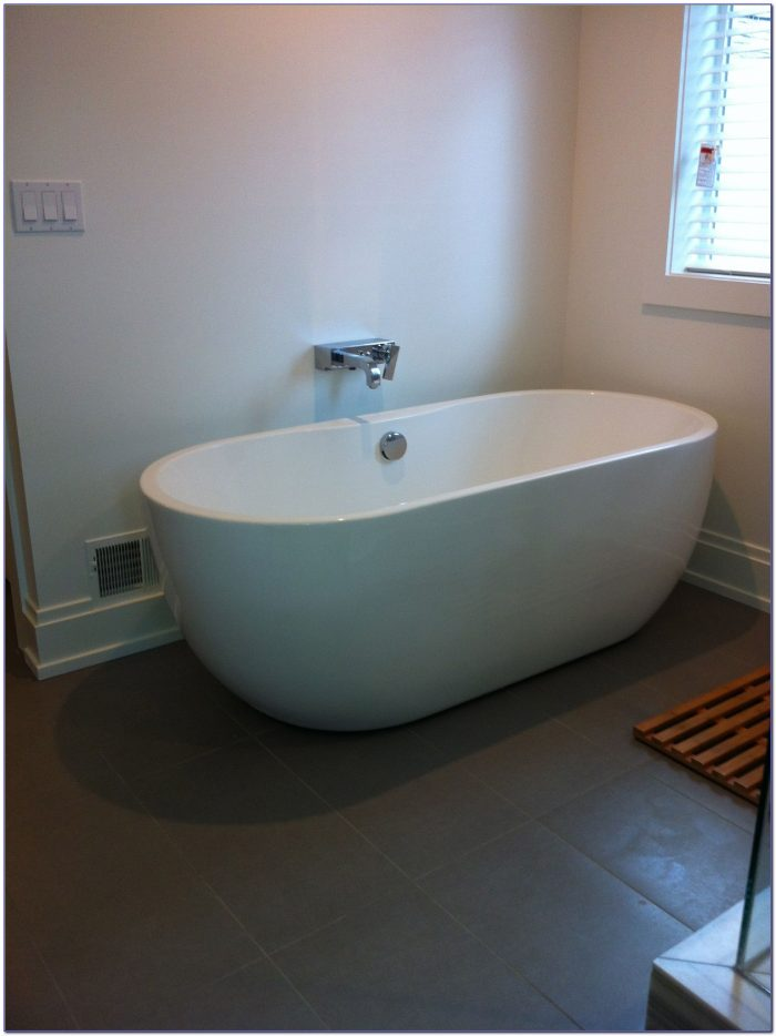 Freestanding Bath With Wall Mounted Taps