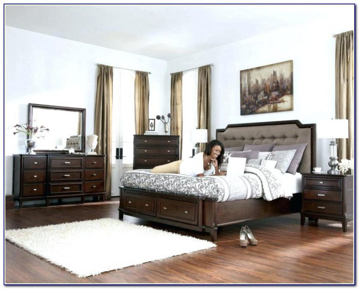 Tufted Headboard Bedroom Sets