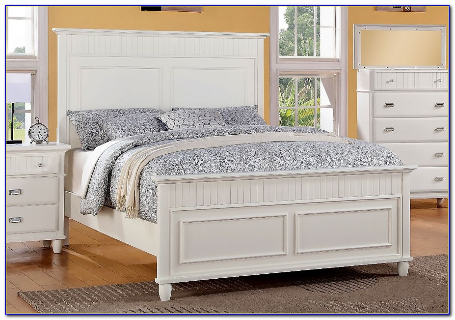 White Wood Queen Headboard And Footboard